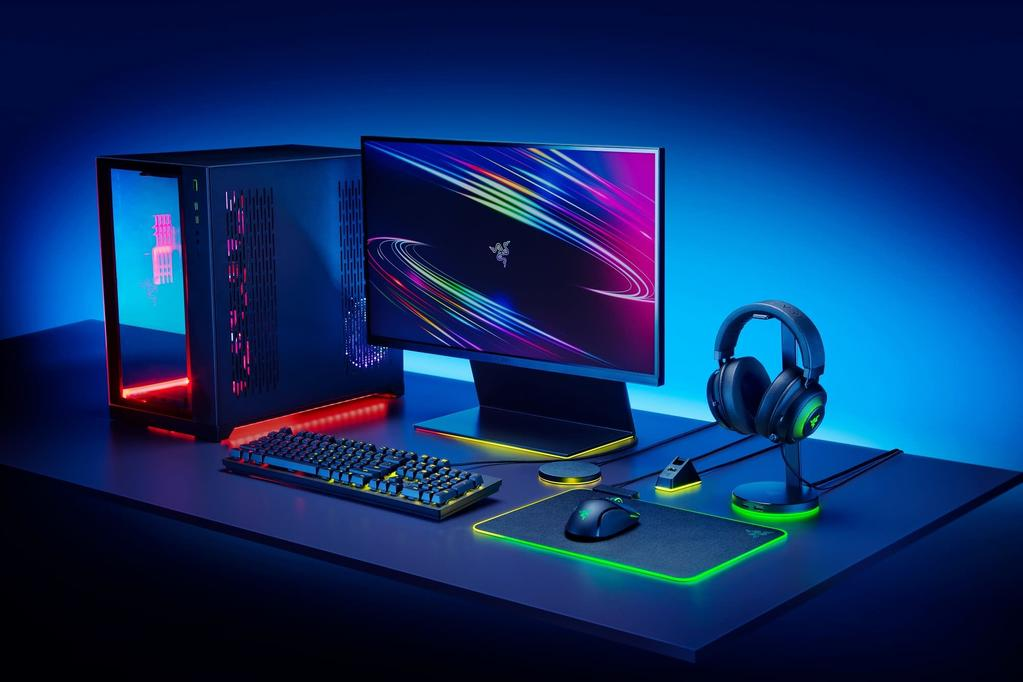 Overview image of a gaming set-up with Razer Chroma RGB.