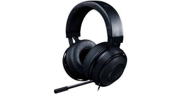 The Razer Kraken Pro V2 headset, which makes up for one of the most important gaming peripherals.