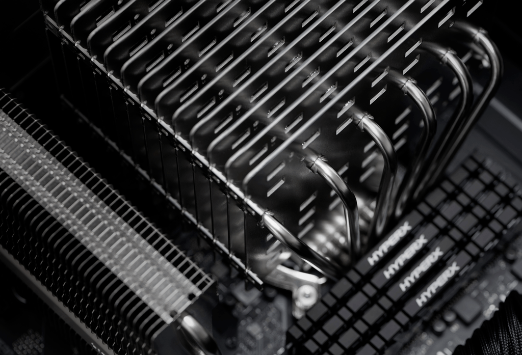 Close-up photograph of the Noctua NH-P1, a hefty and completely fanless CPU cooler.
